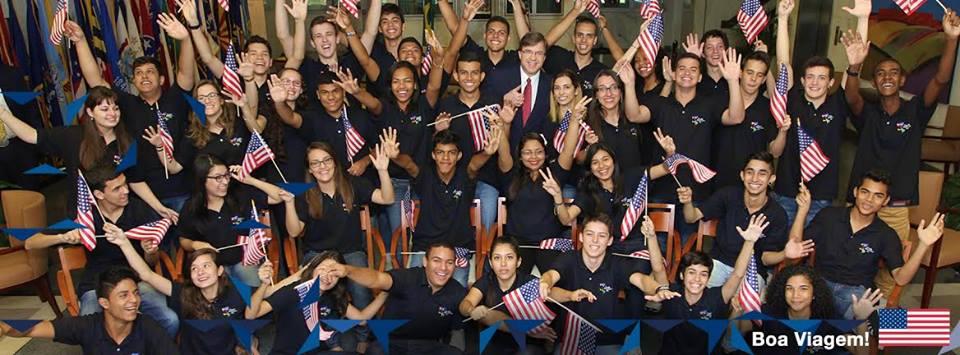 Larissa e a turma de 2014 dos Jovens Embaixadores