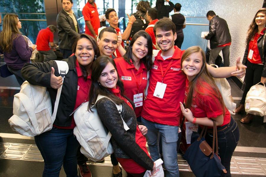 Alguns dos bolsistas de 2015 do concurso Top Espanha (Foto: Santander Universidades, Divulgação)