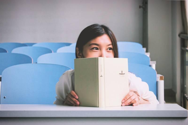bolsas para curso de idioma no exterior