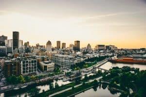 bolsas para jovens líderes no Canadá jeanne sauvé montreal