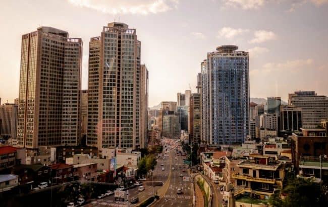 -viagem para a Coreia do Sul foto emile-victor-portenart unsplash