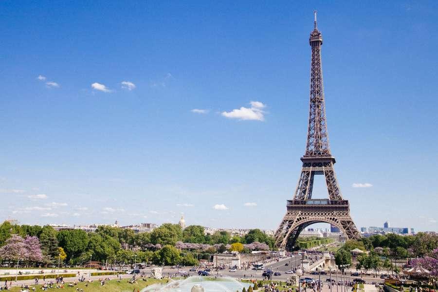 viagem para Paris com tudo pago partiu intercambio