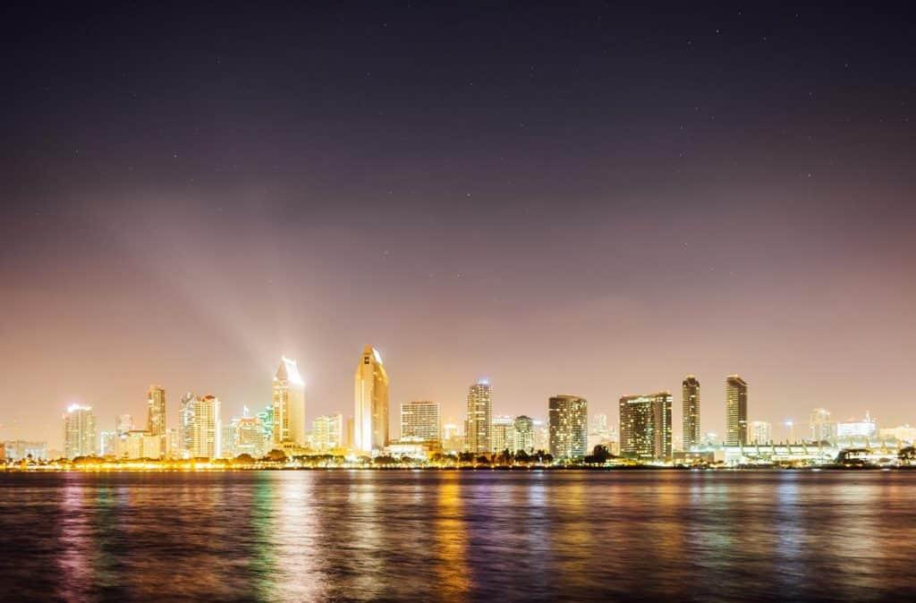 Bolsa para curso de verão em liderança em San Diego, nos EUA