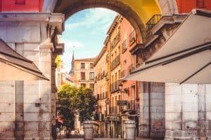 bolsas para curso de verão na Espanha universidade complutense de madrid