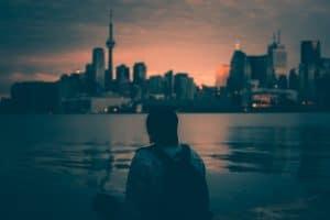 bolsas para graduação no Canadá toronto