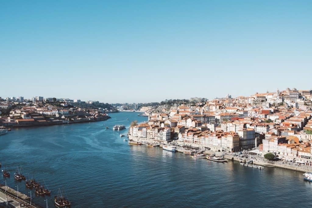 Concurso dá viagem para Portugal para escrever sobre a experiência