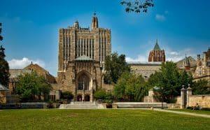 bolsas para curso na Universidade de Yale eua santander