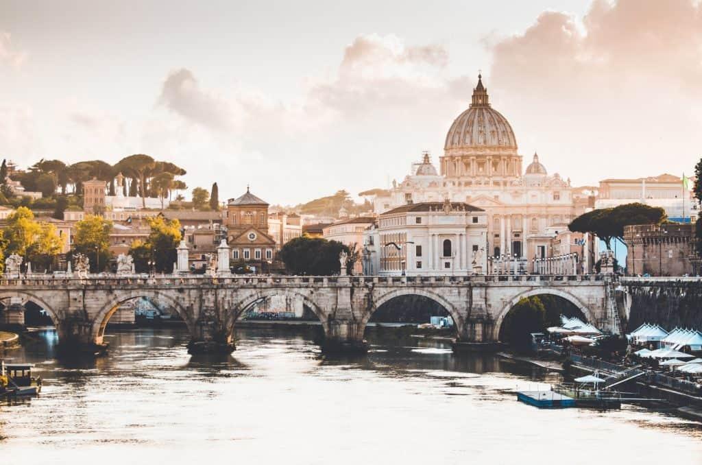 Celi: como é a prova de proficiência em italiano - Partiu Intercâmbio