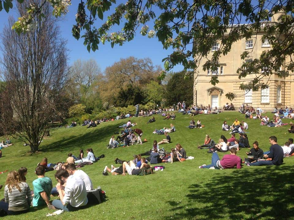 bolsa para pós-graduação na Inglaterra Bristol Think Big