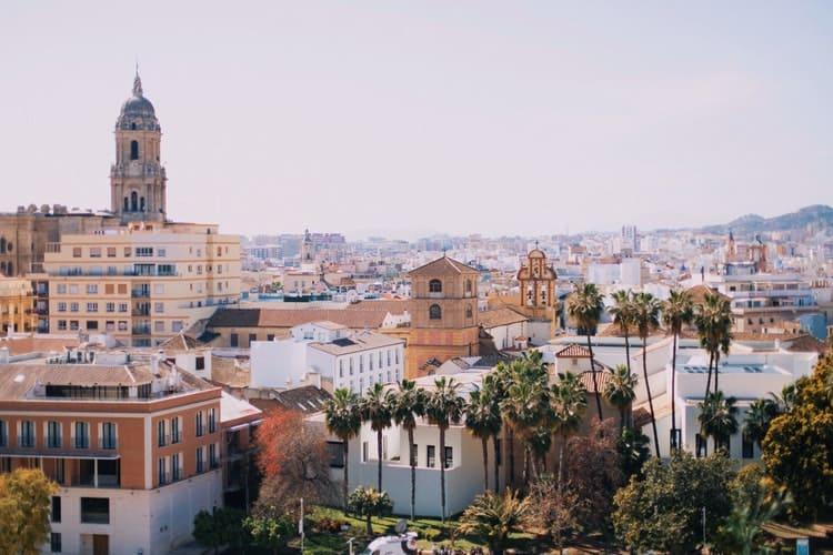 Doutorado sanduíche na Espanha: bolsas na Universidade de Málaga