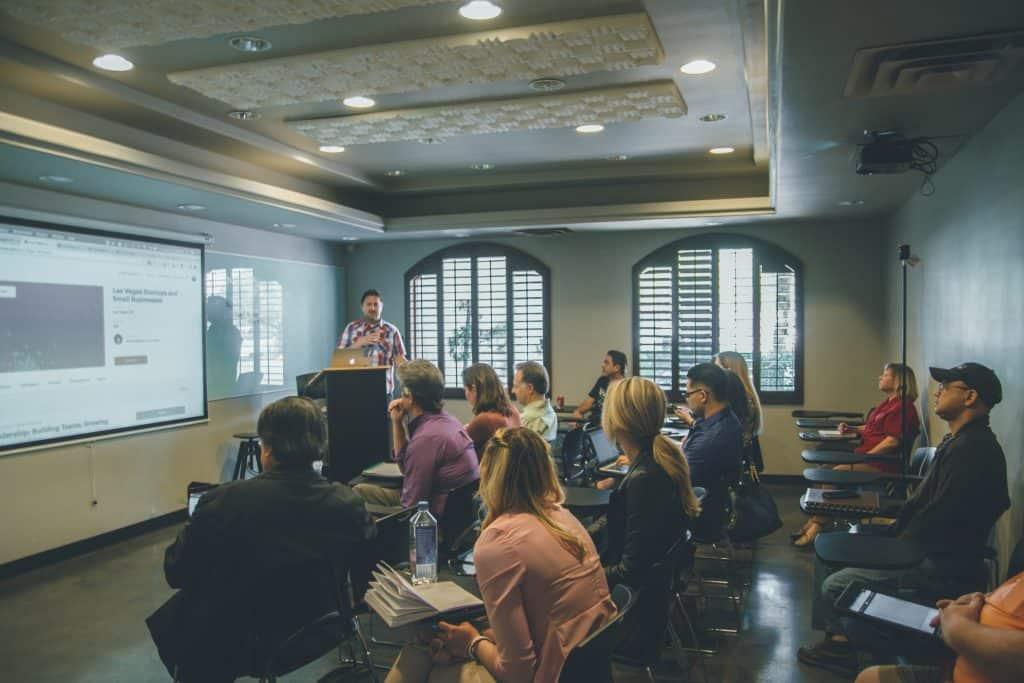 Teaching Assistantship: como financiar sua pós-graduação nos EUA partiu intercambio
