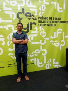 Tomie Ohtake bolsa para curso de design no exterior