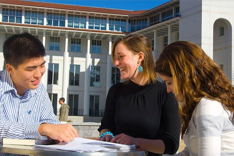bolsa para graduação nos EUA emory university