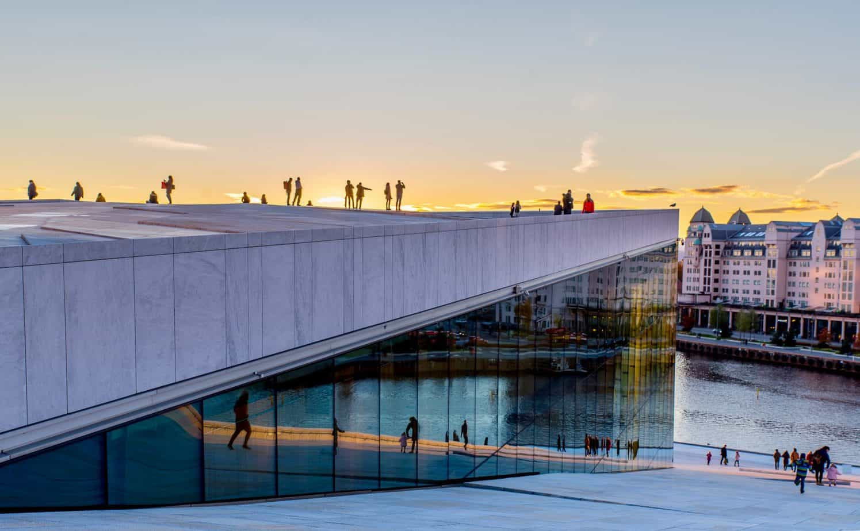oslo business school noruega doutorado